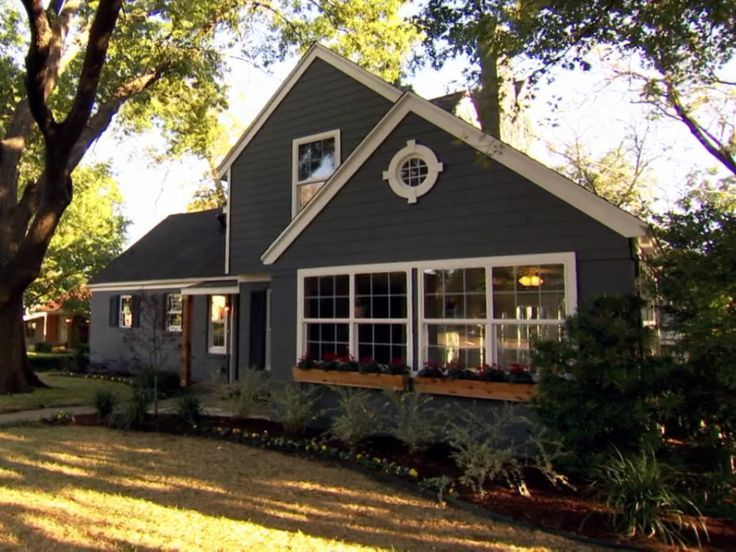 Fixer Upper Dark Grey House Google Search House Paint And Wood Trim Pinterest Dark