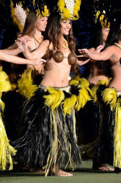 nude-photos-of-women-hula-dancers