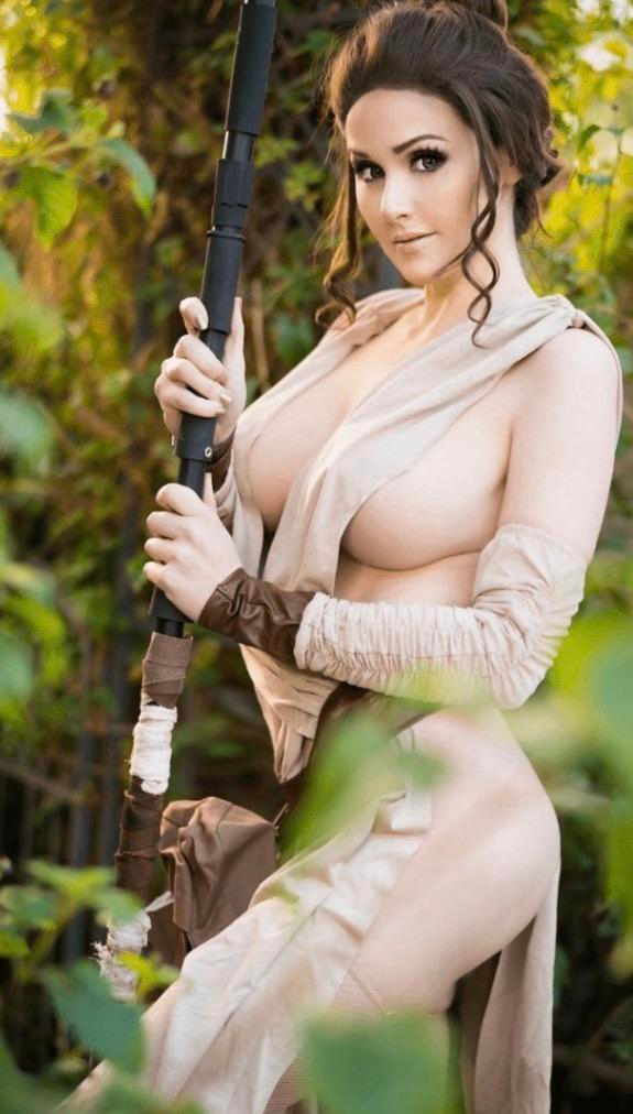 Angie Griffin Rey Cosplay