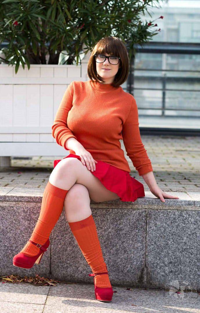 Velma cosplay hot