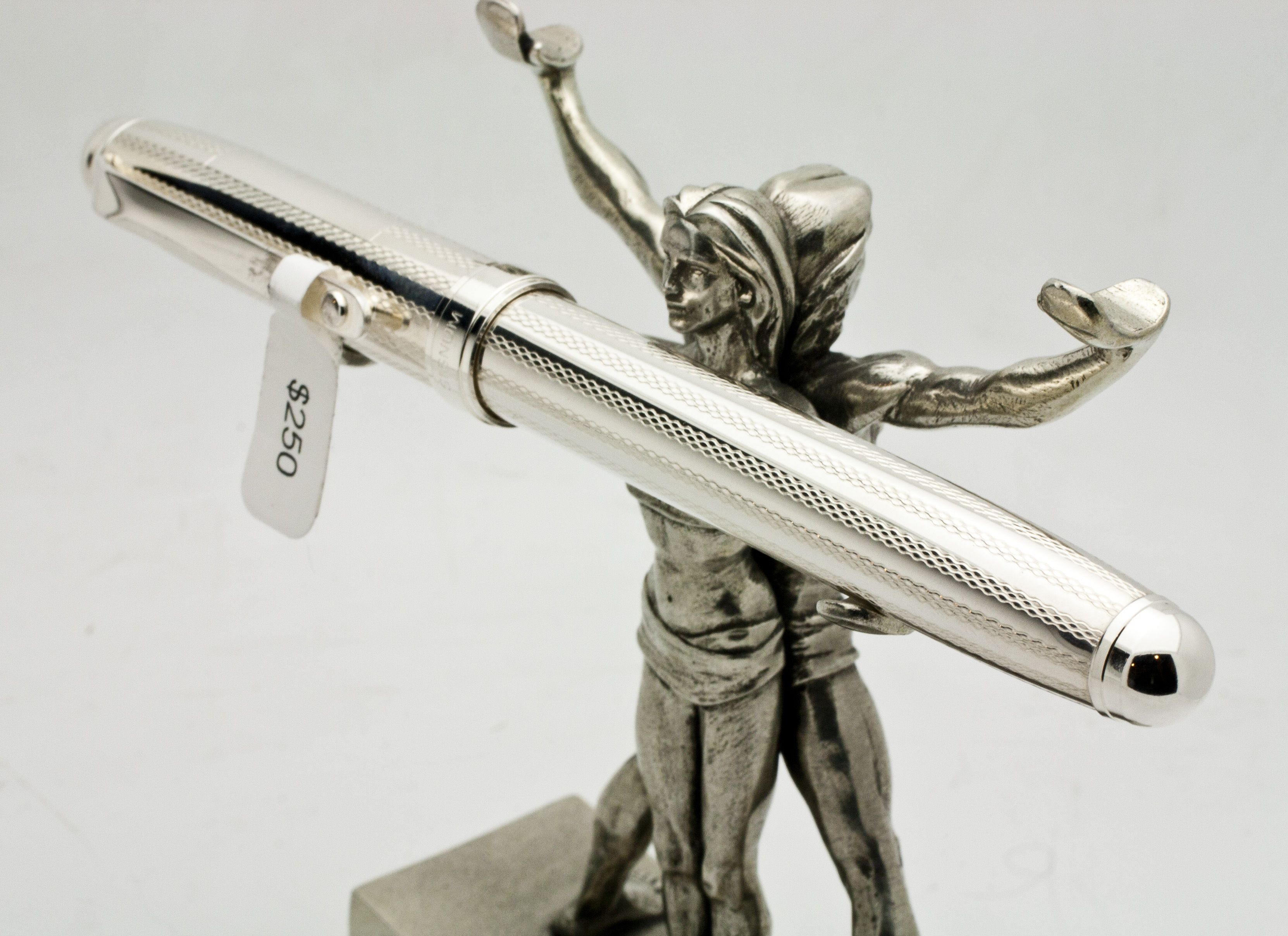 Pen Stand Designs : Signum fountain pen in sterling silver  on a jac