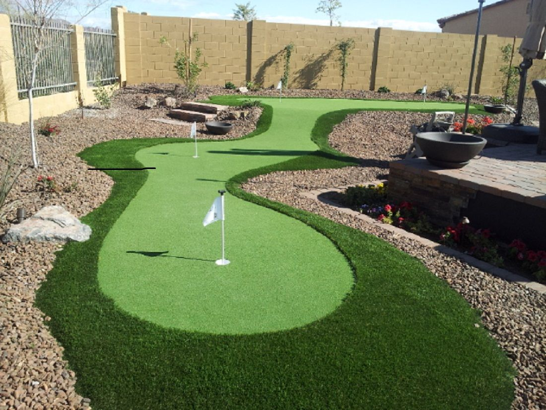 Professional Putting Greens | Backyard putting green ...