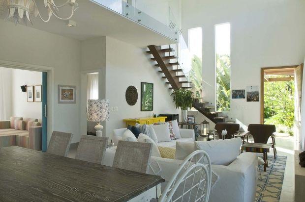 Ambientes com p direito duplo e mezaninos modernos for Ambientes modernos interiores