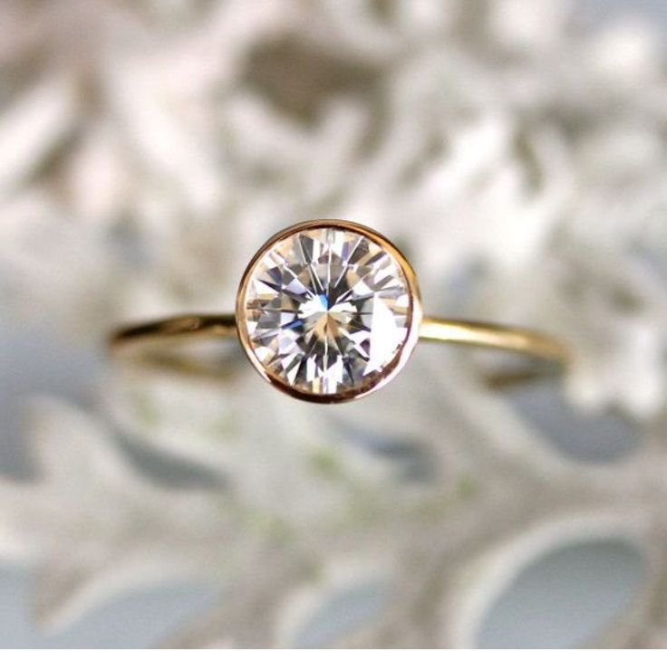 27 Glamour But Inexpensive Engagement Ring That You Can Expected