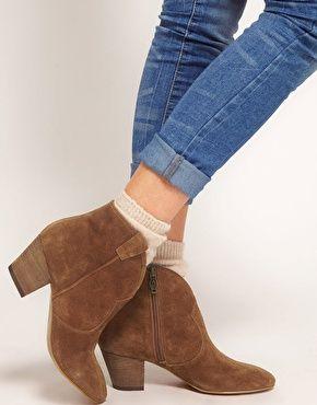 b3b3d9d081c Ash Spiral Camel Western boots.