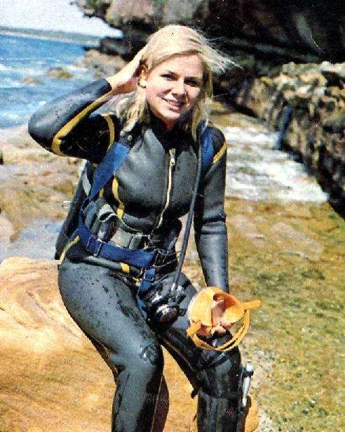 Pin By Neo On Vintage Wetsuits 2 In 2019 Womens Wetsuit