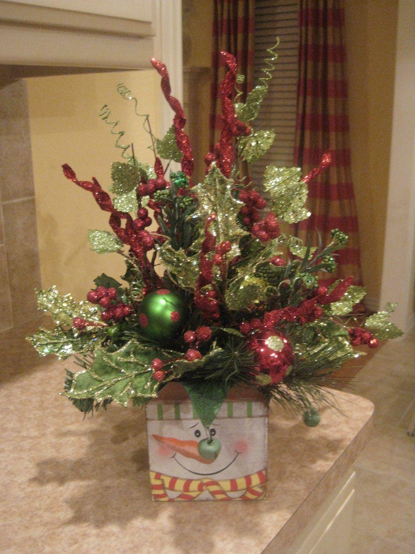 Snowman Arrangement Christmas arrangements, Christmas