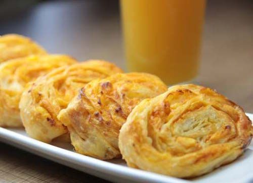 En Güzel Anneler Günü Hediyesi Leziz Kahvaltı Tarifleri ile annelerimizi mutlu ediyoruz :) Annelerimizin güne keyifli başlamaları için önerilerimiz var.