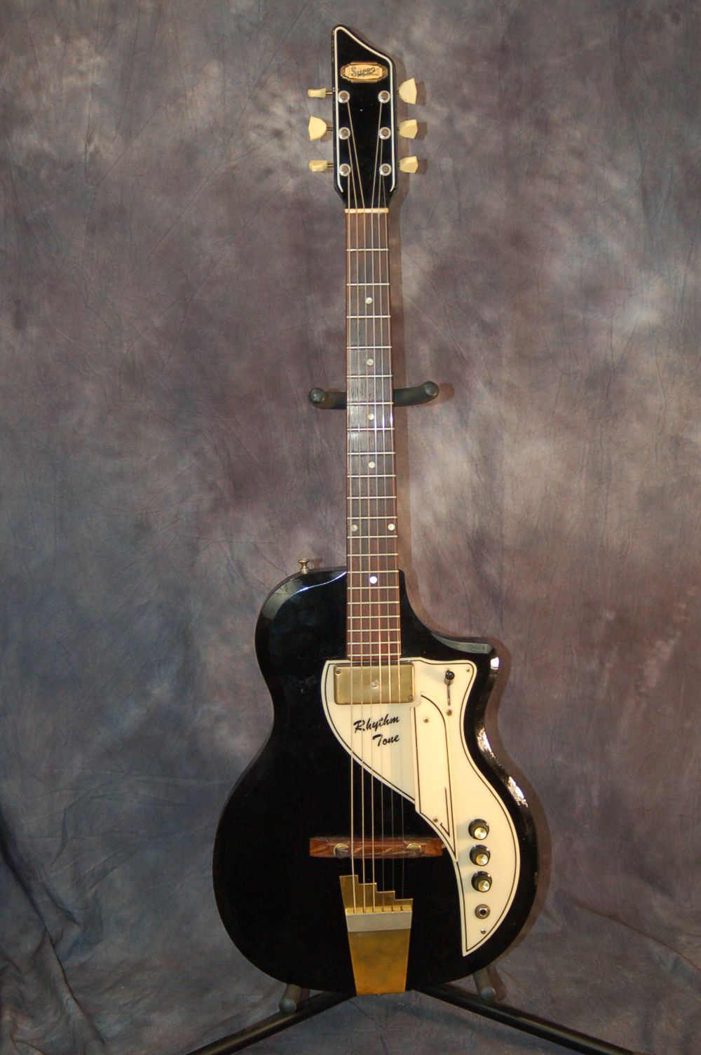 1958 supro rhythm tone guitar for sale in my ebay store give me a call 515 864 6136 cool. Black Bedroom Furniture Sets. Home Design Ideas