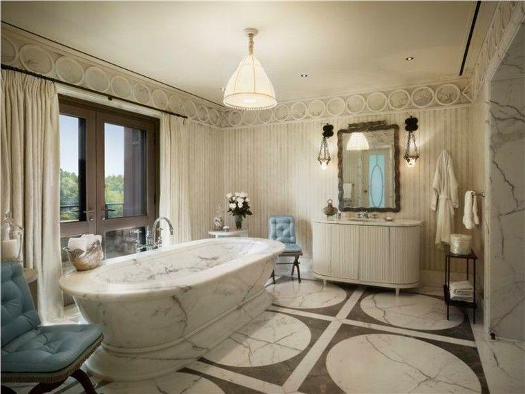 bañera lampara mueble sillas marmol | Baño de lujo moderno ...