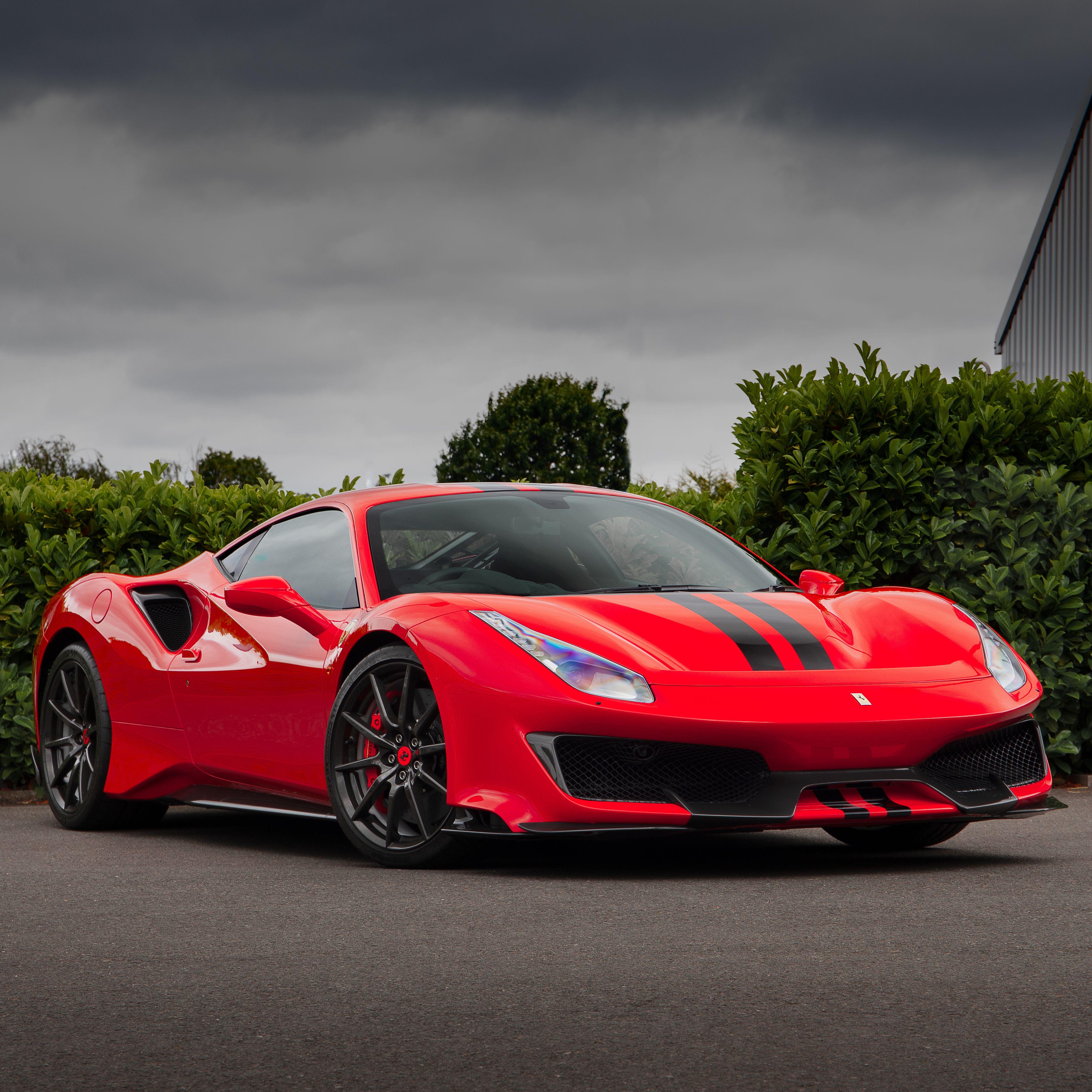 488 Pista With Carbon Fibre Wheels Ferrari Expensive Sports Cars Super Cars