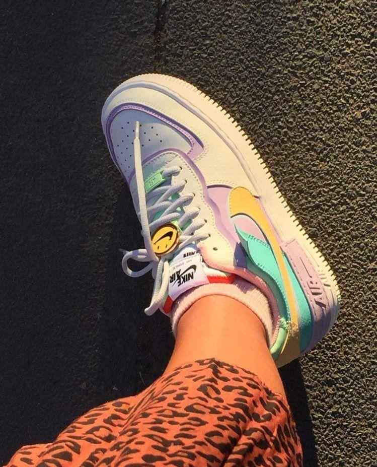 Iconic Fashion On Twitter Shoe Nike Schuhe Frauen Nike Schuhe Schuhe Frauen