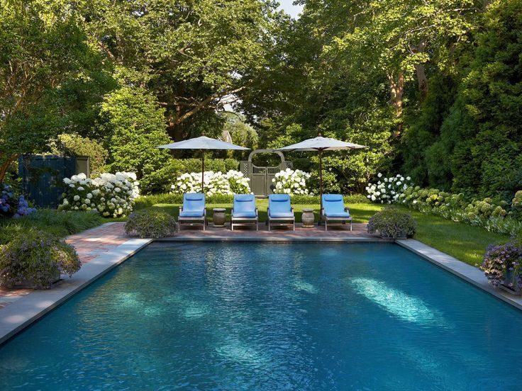 On The Market: An East Hampton Home by Bunny Williams - Katie Considers