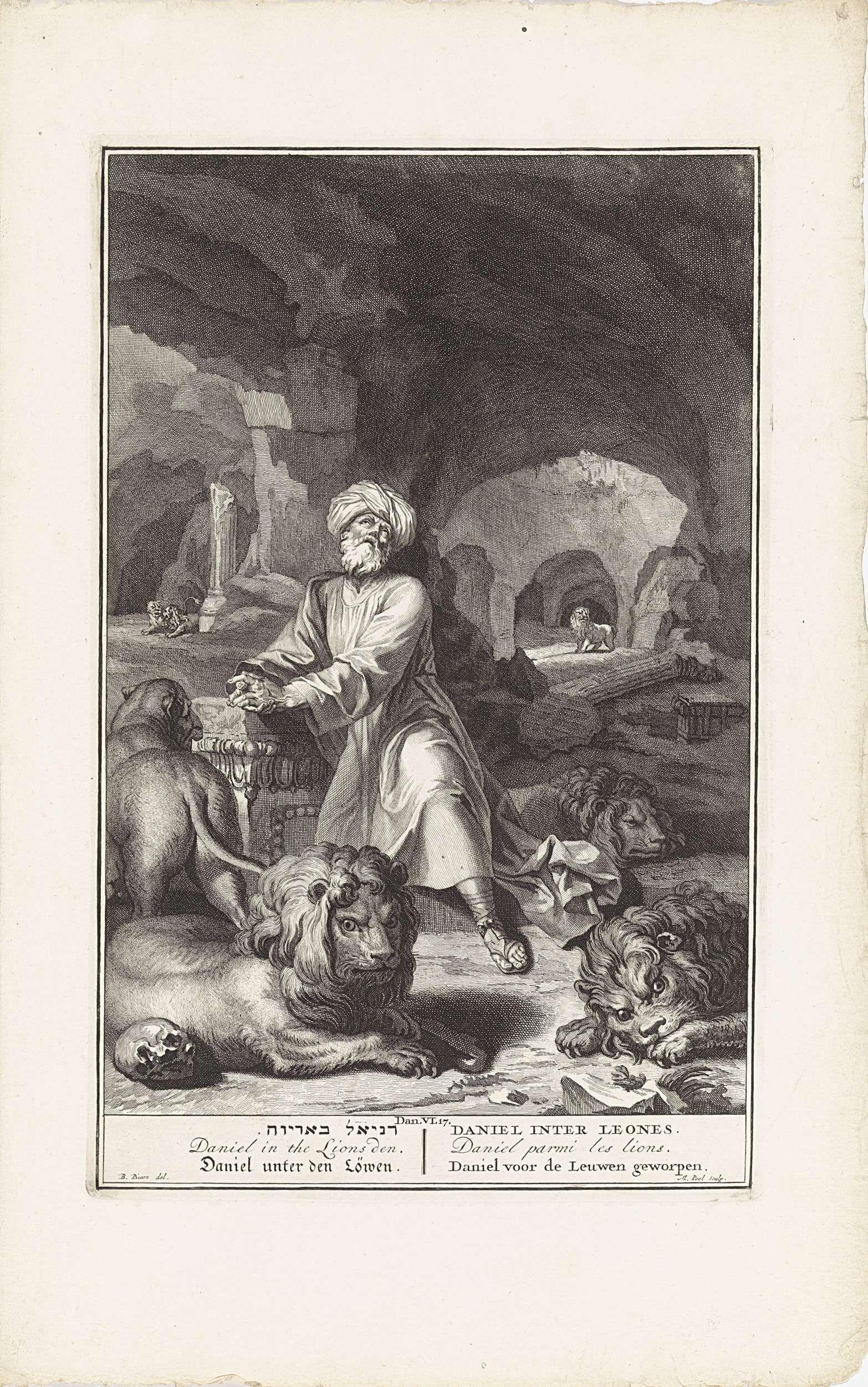 Matthijs Pool | Daniël in de leeuwenkuil, Matthijs Pool, 1705 - 1720 | Daniël zit geknield in een grot, omringd door leeuwen. Illustratie van de bijbeltekst Dan. 6:17. Onder de voorstelling de titel in het Hebreeuws, Engels, Duits, Latijn, Frans en Nederlands.