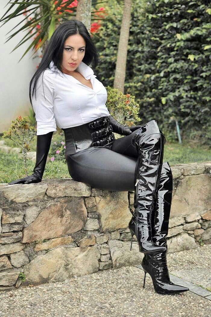 Women sexy black boots