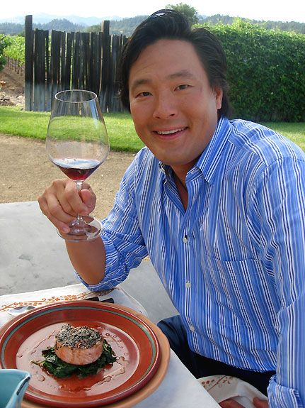 chef ming tsai how many chefs have a mechanical engineering degree from yale and a master s of hotel administration and hospitality marketing degree from