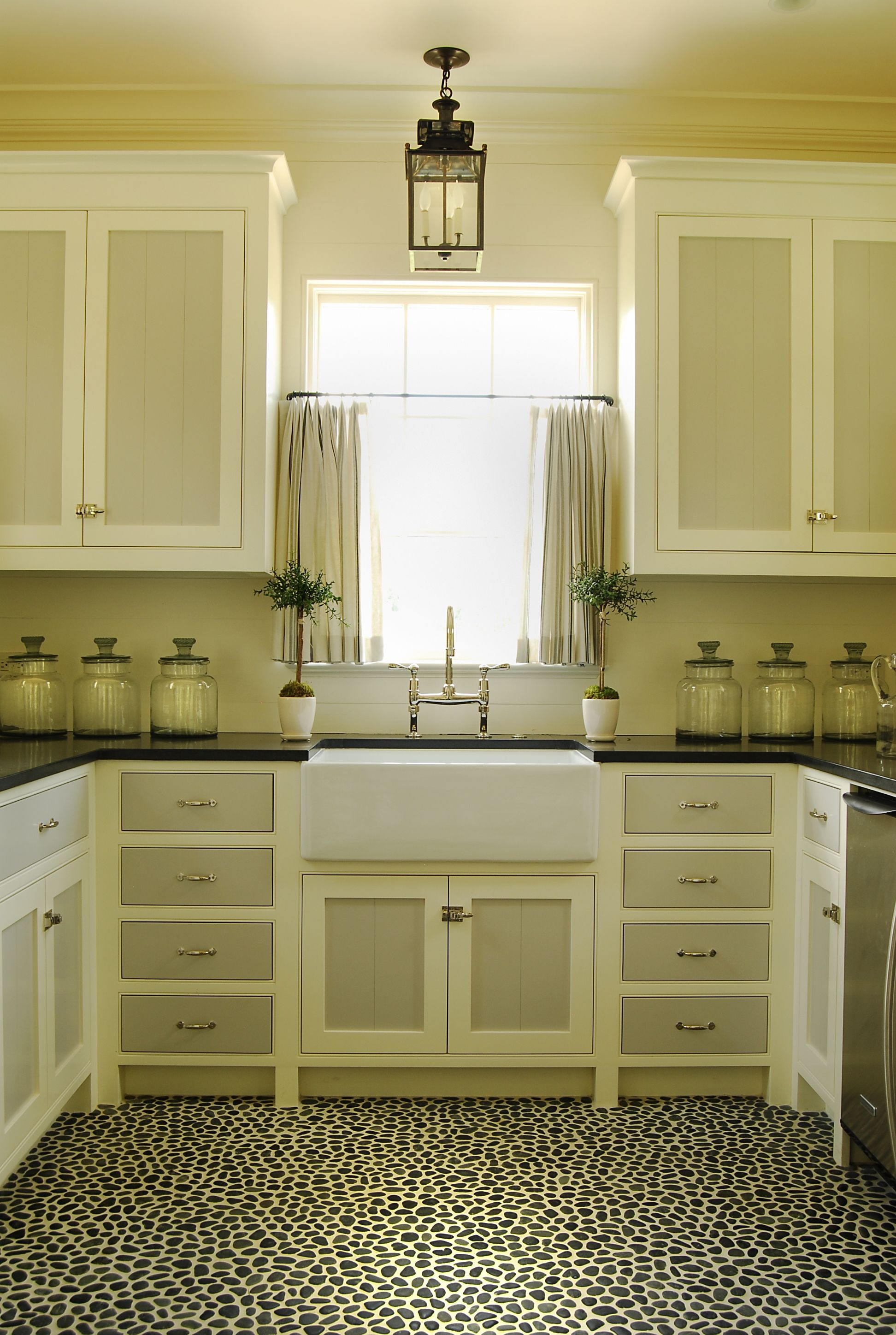River Rock Floor Two Toned Cabinets Lantern Perfect Symmetry Two Tone Kitchen Cabinets Cosy Kitchen Home