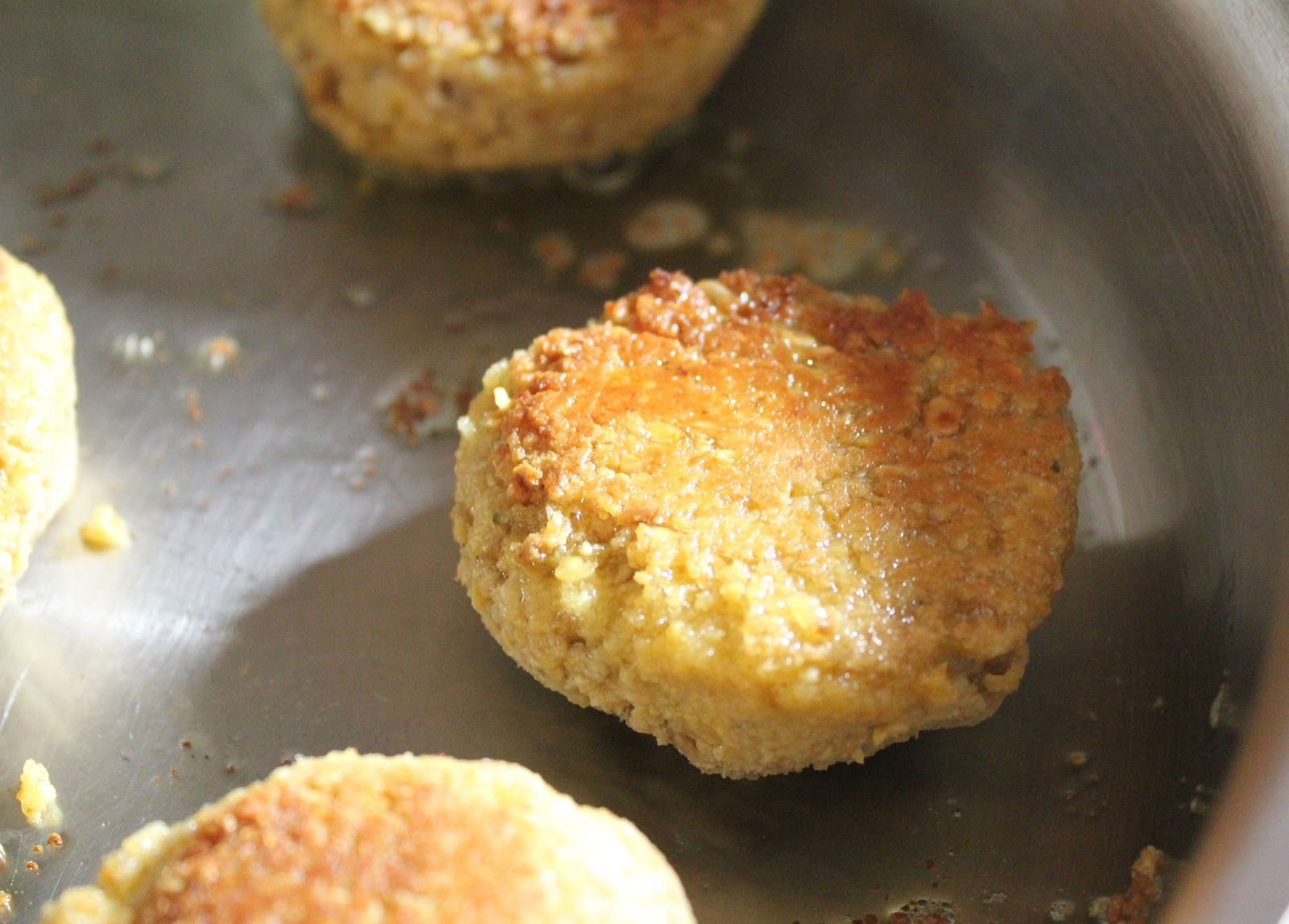 Sweet & Savory :: The Caramel Jar Blog: Recipes :: Chickpea Burgers