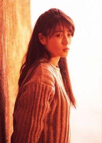 長い髪が素敵な坂井泉水さん