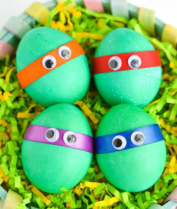 37 Creative Easter Egg Decoration Ideas Cool Easter Eggs Easter Egg Crafts Minion Easter Eggs