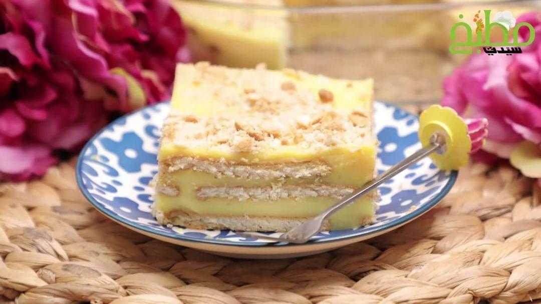 مطبخ سيدتي On Instagram حضري الحلى الأصفر بالبسكويت شهي ولذيذ المقادير حليب 3 اكواب بارد بودرة الكاسترد الجاهز Desserts Cooking Recipes Cheesecake