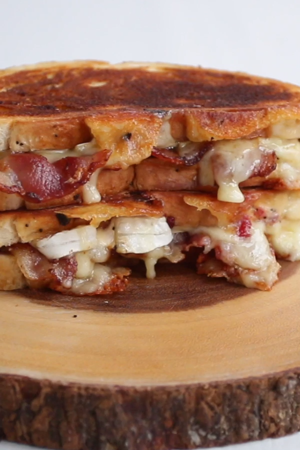 Cranberry Bacon Brie Grilled Cheese The perfect combination celebrating the beauty of salty and swe