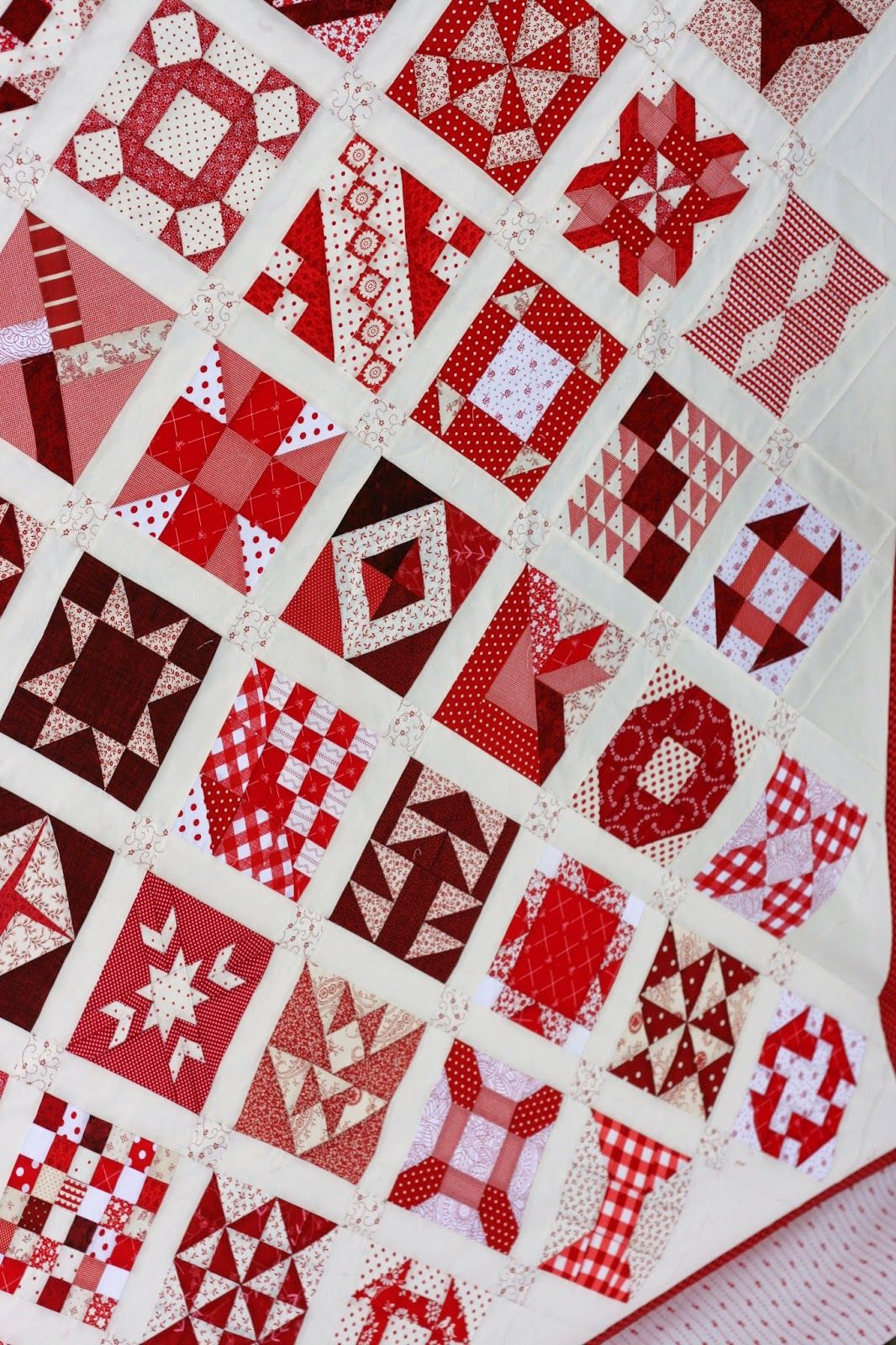 Quilt Story: Amber\'s Farmers Wife quilt finish...Gorgeous Red and ...