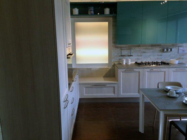 in negozio nuovo stand con cucina mod. tablet finitura rovere link ... - Cucine Bosch