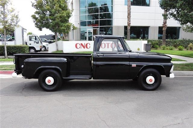 This 1966 Chevrolet C K 20 Series Is Listed On Carsforsale Com For 49 999 In Ontario Ca This Vehicle Includes Am Fm Le Chevrolet Pickup Trucks Chevy Trucks
