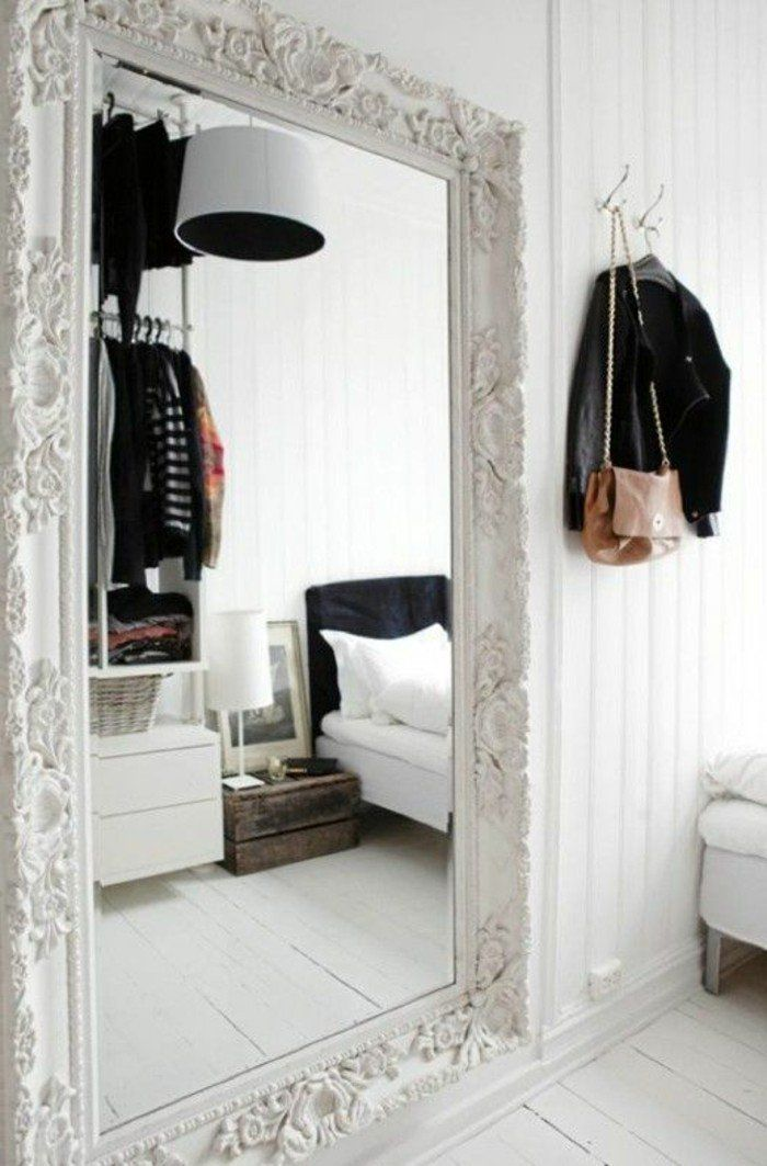 Comment décorer avec le grand miroir ancien - idées en photos - Comment Decorer Un Grand Mur