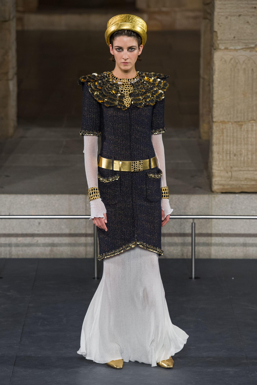 Новая коллекция Chanel Couture осень-зима 2019-2020 в Париже новые фото