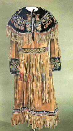 Anishinaabe cree metis dress with collar and cuffs for Vetements artisanat indien