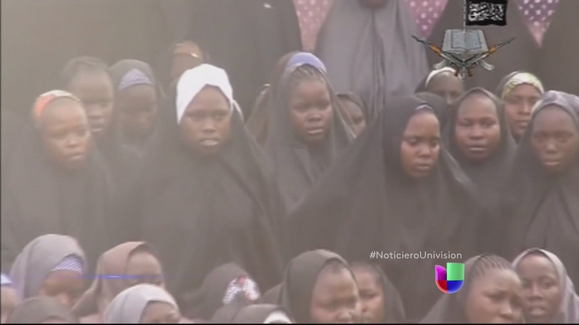 Nuevo video del grupo terrorista Boko Haram muestra a algunas de las niñ...