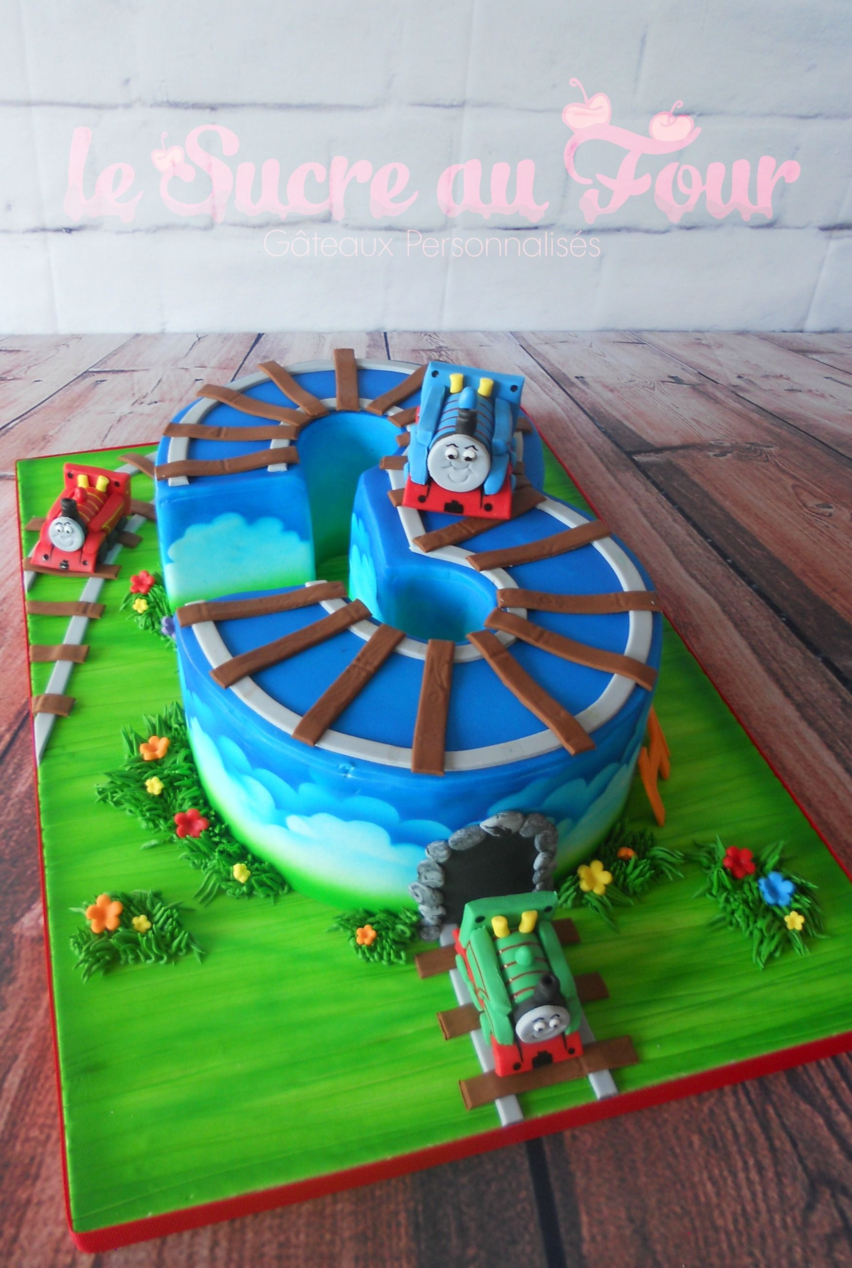 Thomas the train cake Thomas Percy and James figurines Number 3