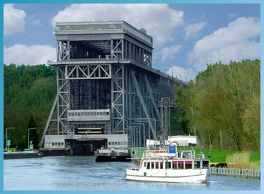the boat lift niederfinow (germany)