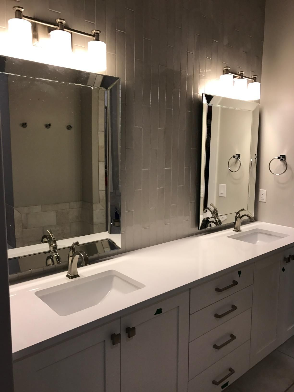 A large rectangular mirror, wide range of reflective