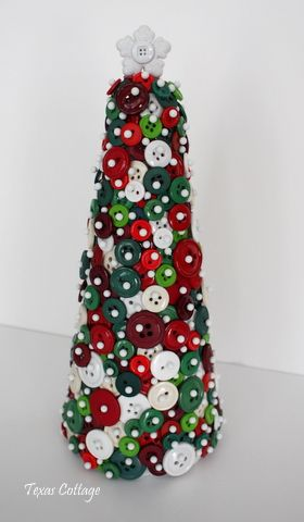 Sewing in Texas Christmas Pinterest Christmas tree, Button