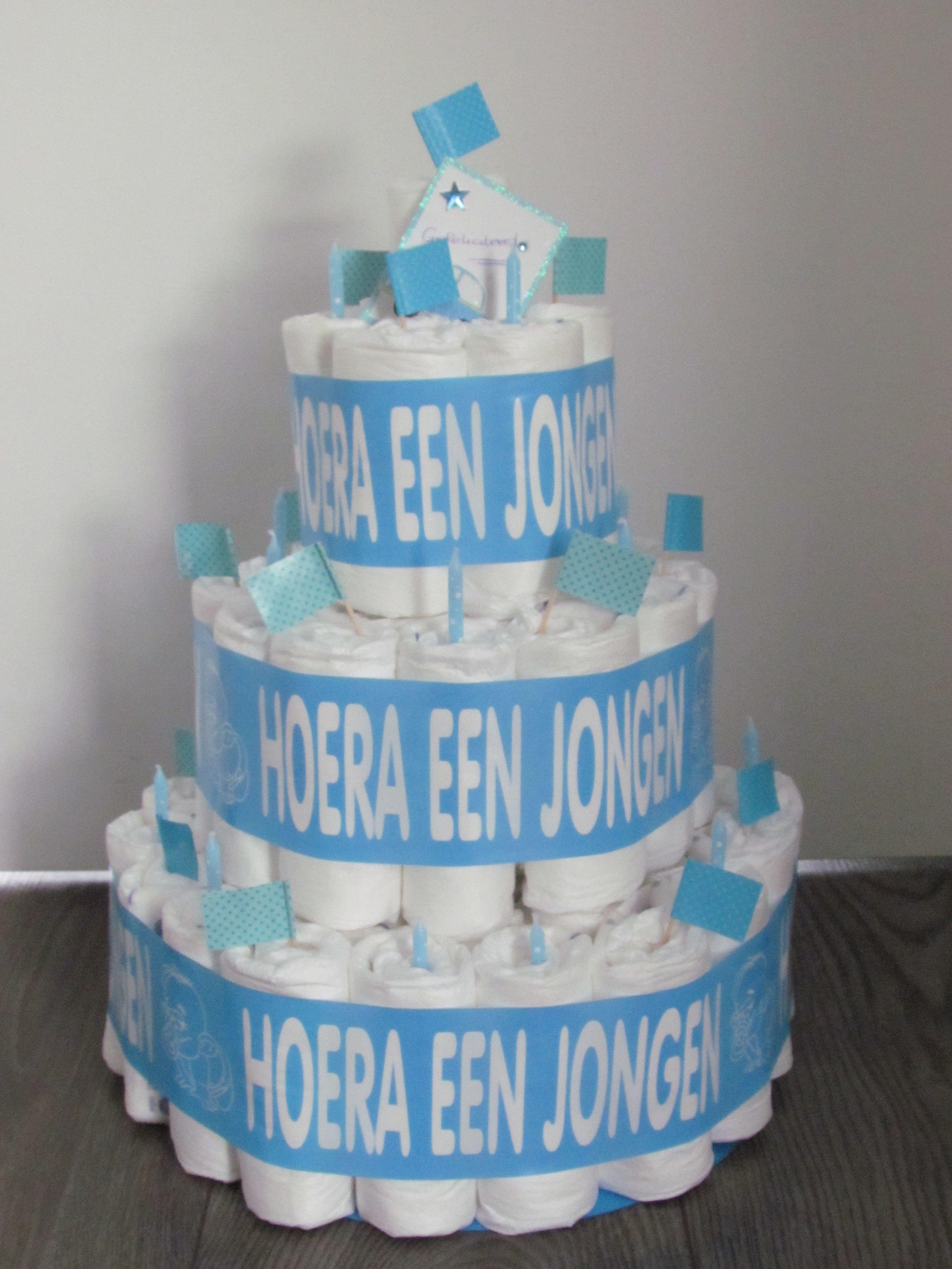 Luiertaart Hoera een Jongen  Te koop op www.luiertaartkopen.nl