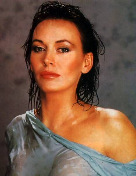 Lesley-Anne Down Nude Photos 28