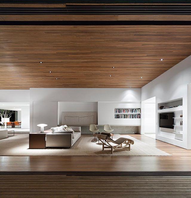 Arthur Rutenberg Homes Custom Home Design Living Area: ホーム, 家, 部屋