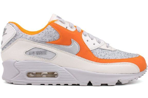 44c2a139f8 Amazon.com: Nike Women's Air Max 90 (Speckled Camo): Shoes | Get In ...