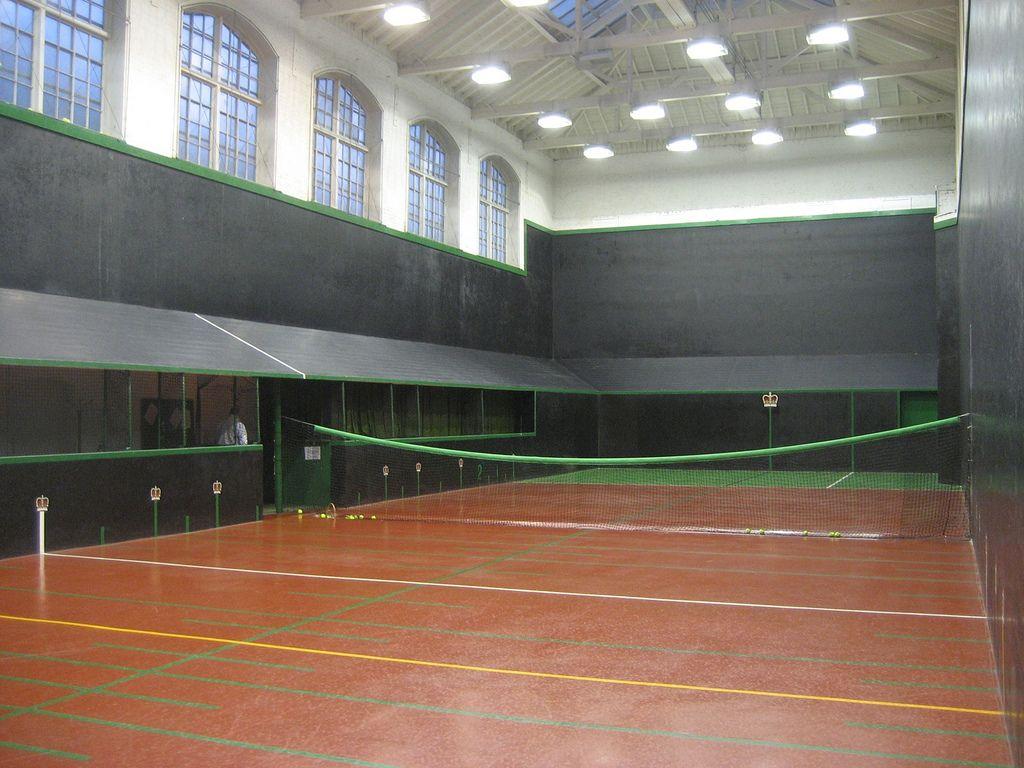 Queen S Club Real Tennis Real Tennis Tennis Court Tennis
