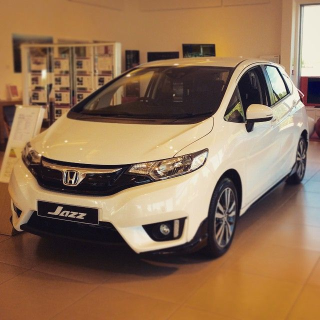 Cars Motorcycles That I Love: 2016 Honda Jazz EX With Sports Pack