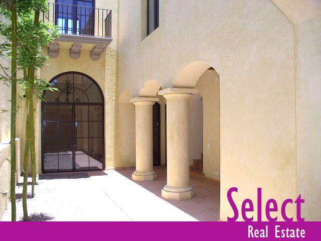 Se encuentra en la calle de Juan Escutia,San Miguel de Allende a $900.00 USD
