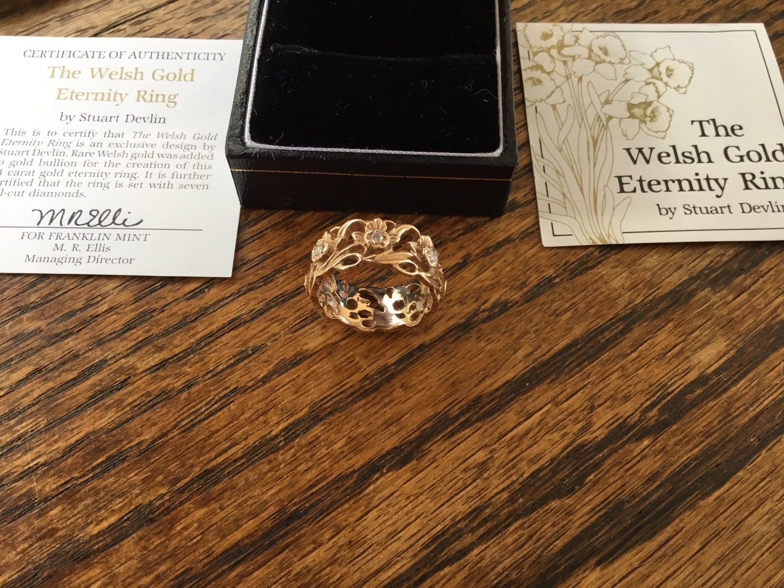 Beautiful 14ct Welsh Gold Eternity Ring Set With 7