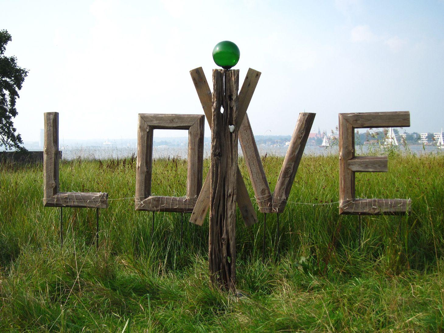 Treibholz-Outdoor-Skulptur HEARTWORKER ~ driftwood outdoor sculpture ...