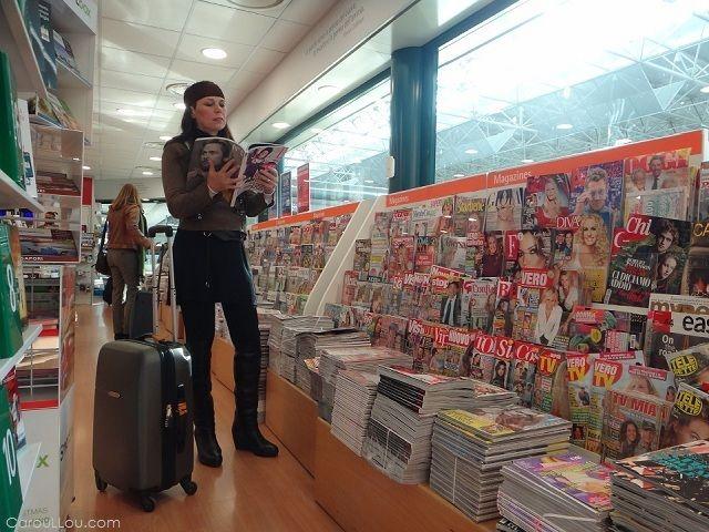 Carou LLou at Rome airport... going to Madrid... ................................................................................................................................... #ttot #travel #lp #digitalnomad #rtw #streetstyle #fashion #style #instafashion #travelstyle #photo #traveltips #packing