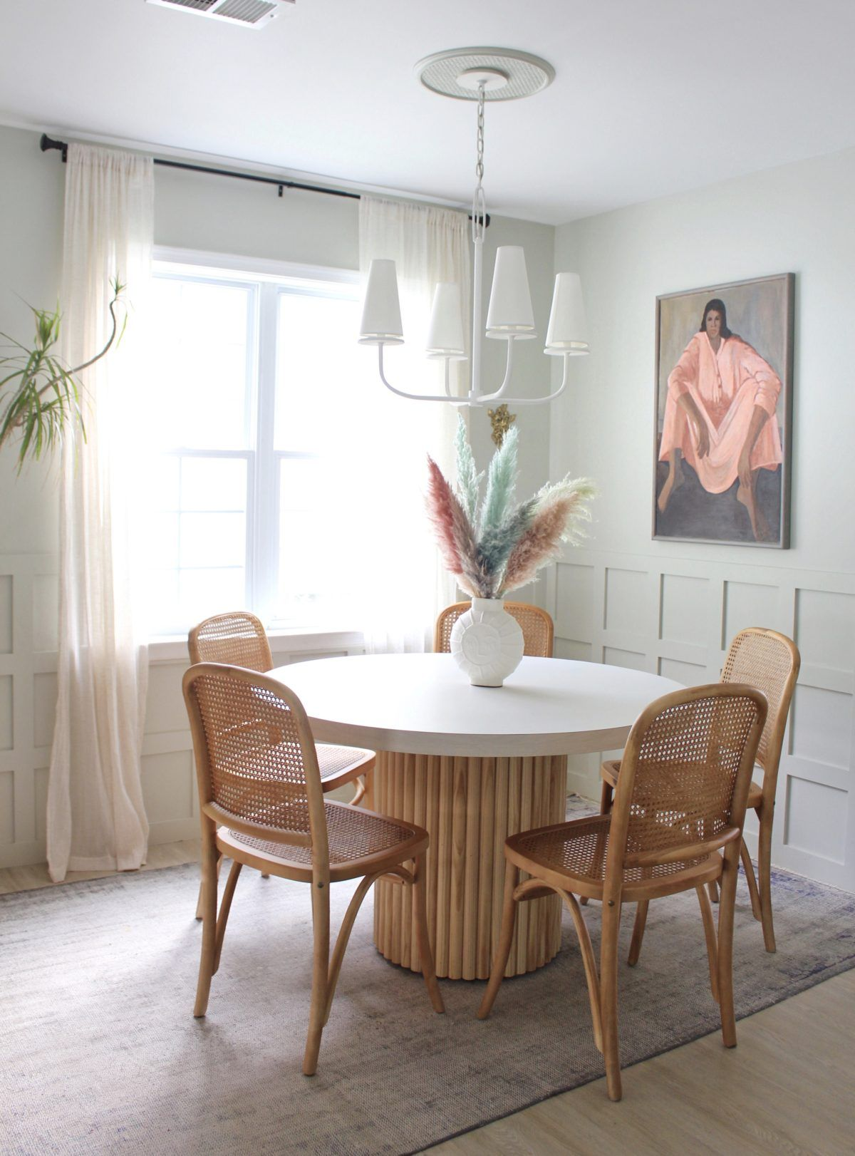 27+ Round table for small dining room Trending