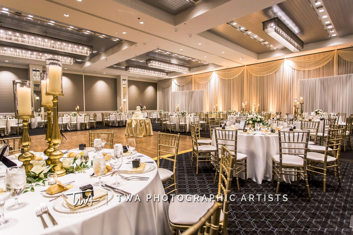 Twa Weddings At Hotel Arista Click The Picture To View Our Website Hotel Table Decorations Photographic Artist