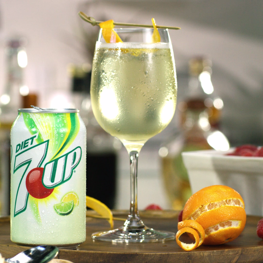 7up White Wine Spritzer Add A Little Sparkle To White Wine With The